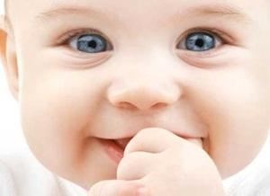 Quando Fazer o Teste do Olhinho em Recém-Nascido-1