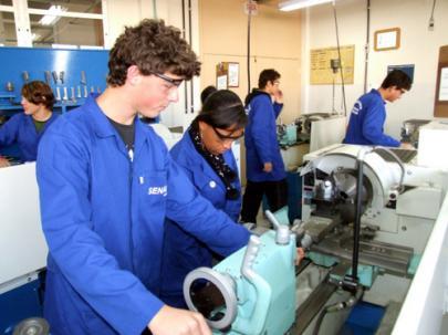 454211-Senai-SC-cursos-gratuitos-2012-2013