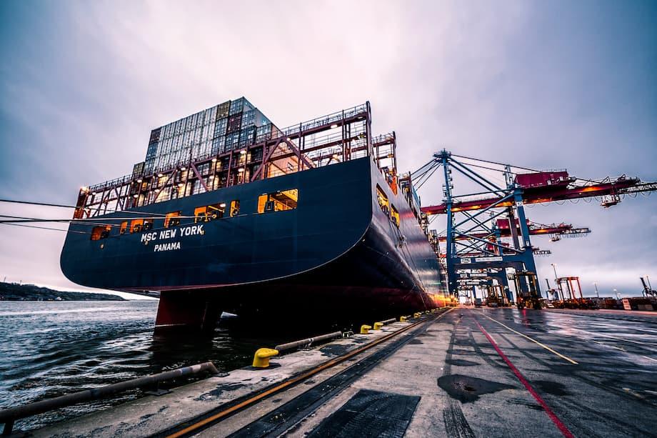 como funciona um porto